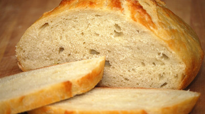 the unsalted tuscan bread